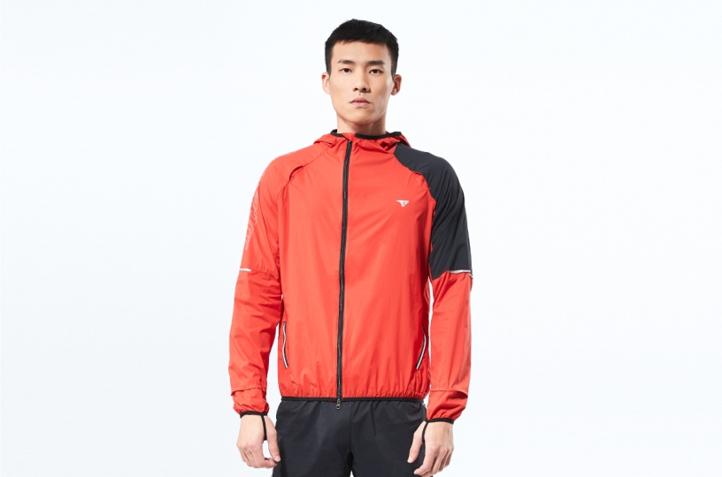 ZERO-FRICTION WINDBREAKER / MEN